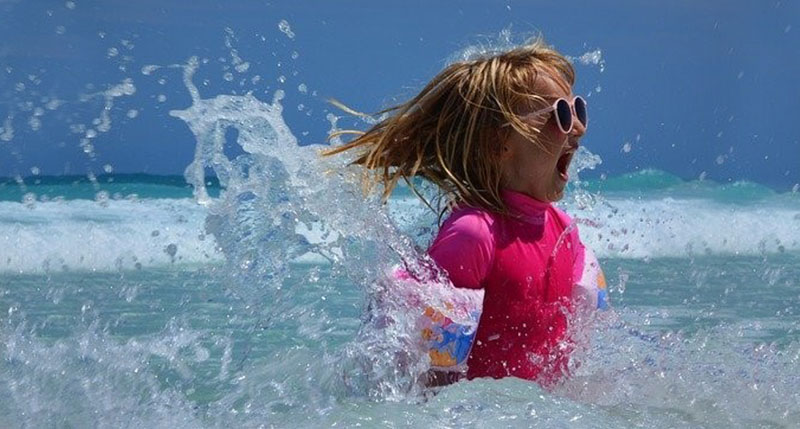 6 Sunglass Myths: Debunked